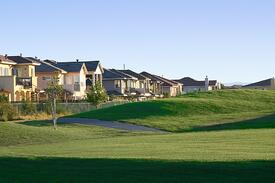 bigstock-Homes-On-The-Golfcourse-1255.jpg
