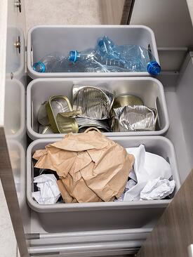 Pull-Out Garbage Cans