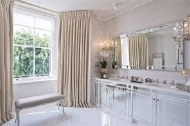 Planning an En-Suite Bathroom? Keep These Factors in Mind