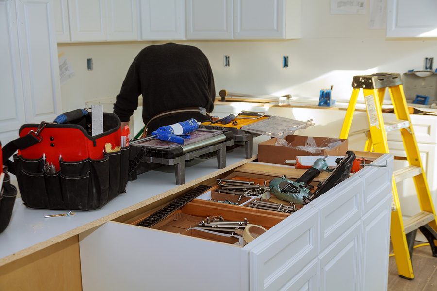 Consider These Factors when Deciding Whether to Stay or Move Out for a Kitchen Remodel