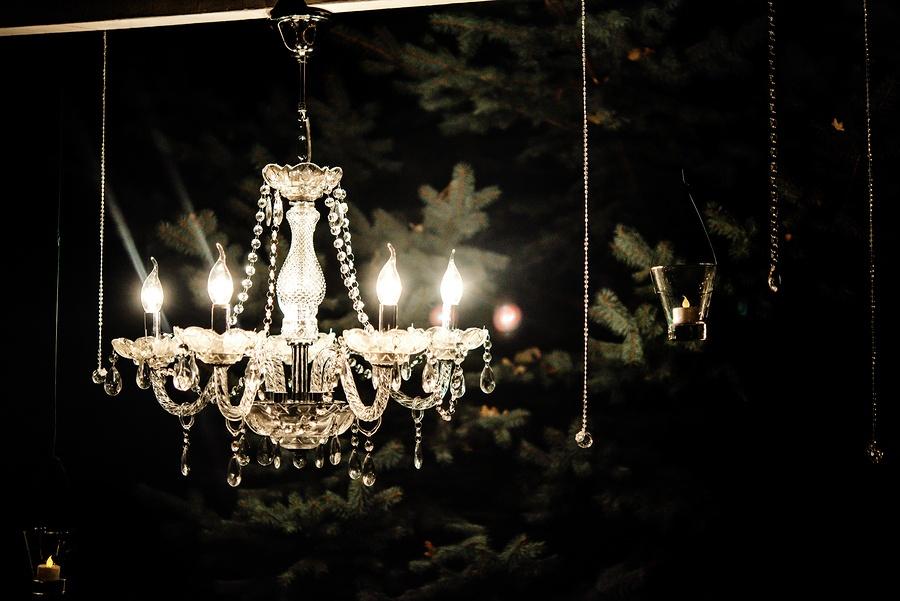 bigstock-Candle-Light-In-Glass-Lanterns-175882132.jpg