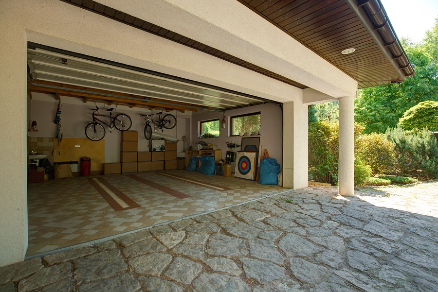 Use These Tips to Achieve Lasting Organization in Your Garage