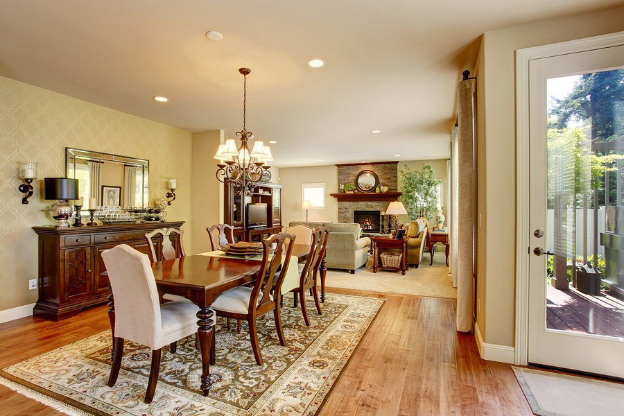 bigstock-Classic-American-Dining-Room-W-138118721