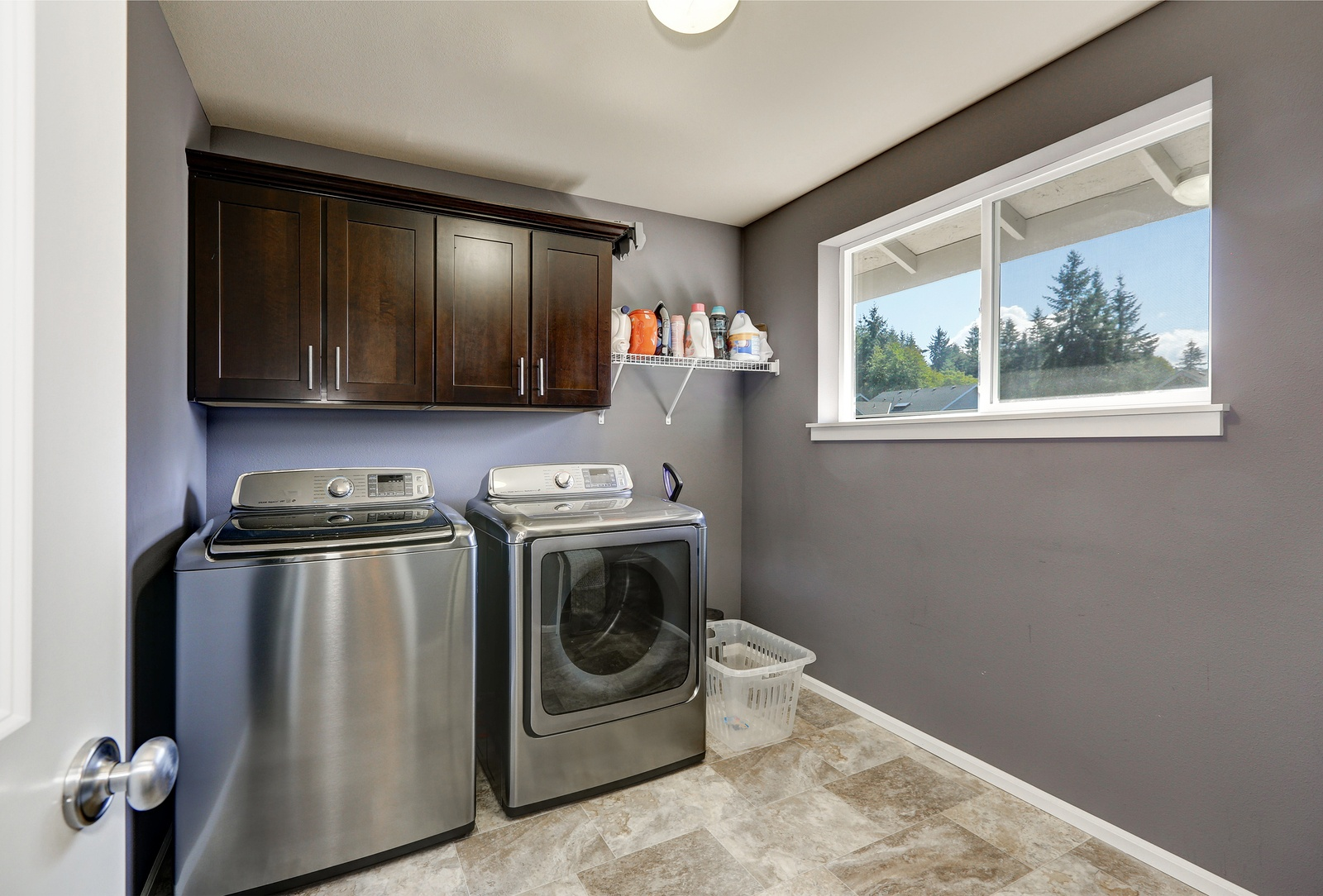 bigstock-Grey-Laundry-Room-With-Modern--152875736.jpg