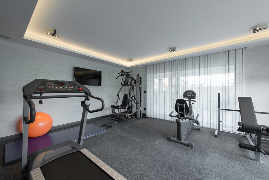 bigstock-Home-Gym-111276320.jpg