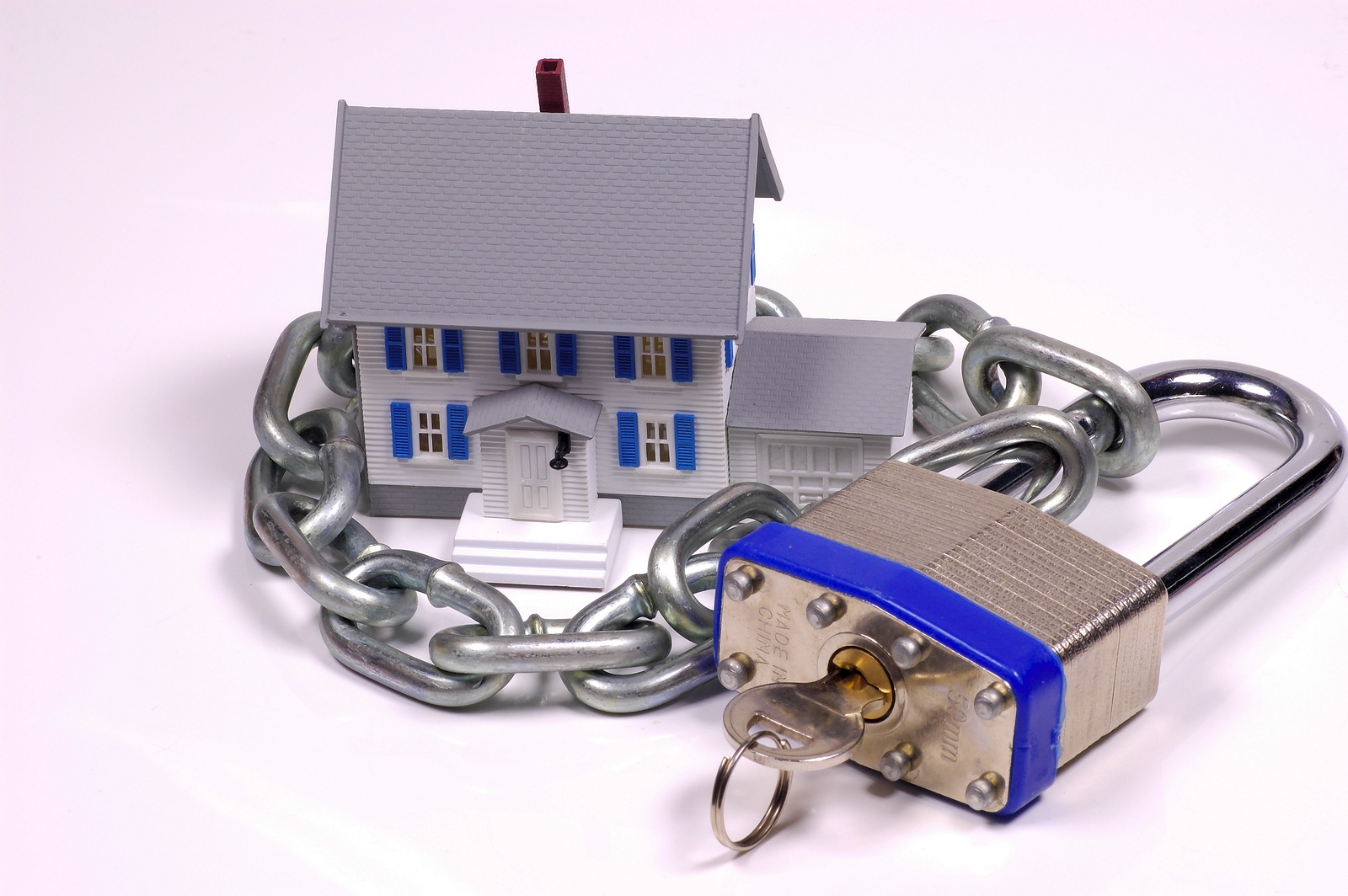 bigstock-Home-Security-106221.jpg