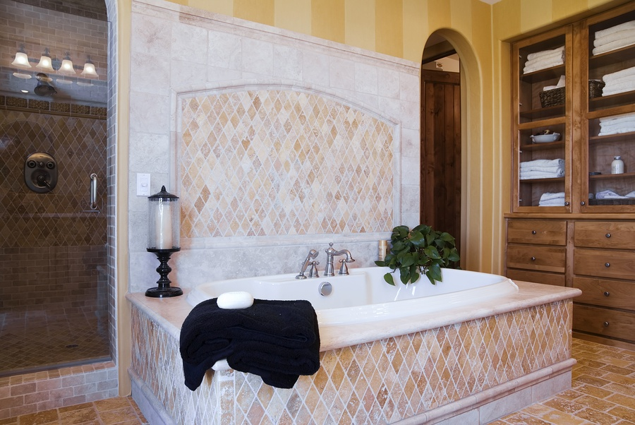 Use These Bathroom Remodel Tips to Make Cleaning Easier