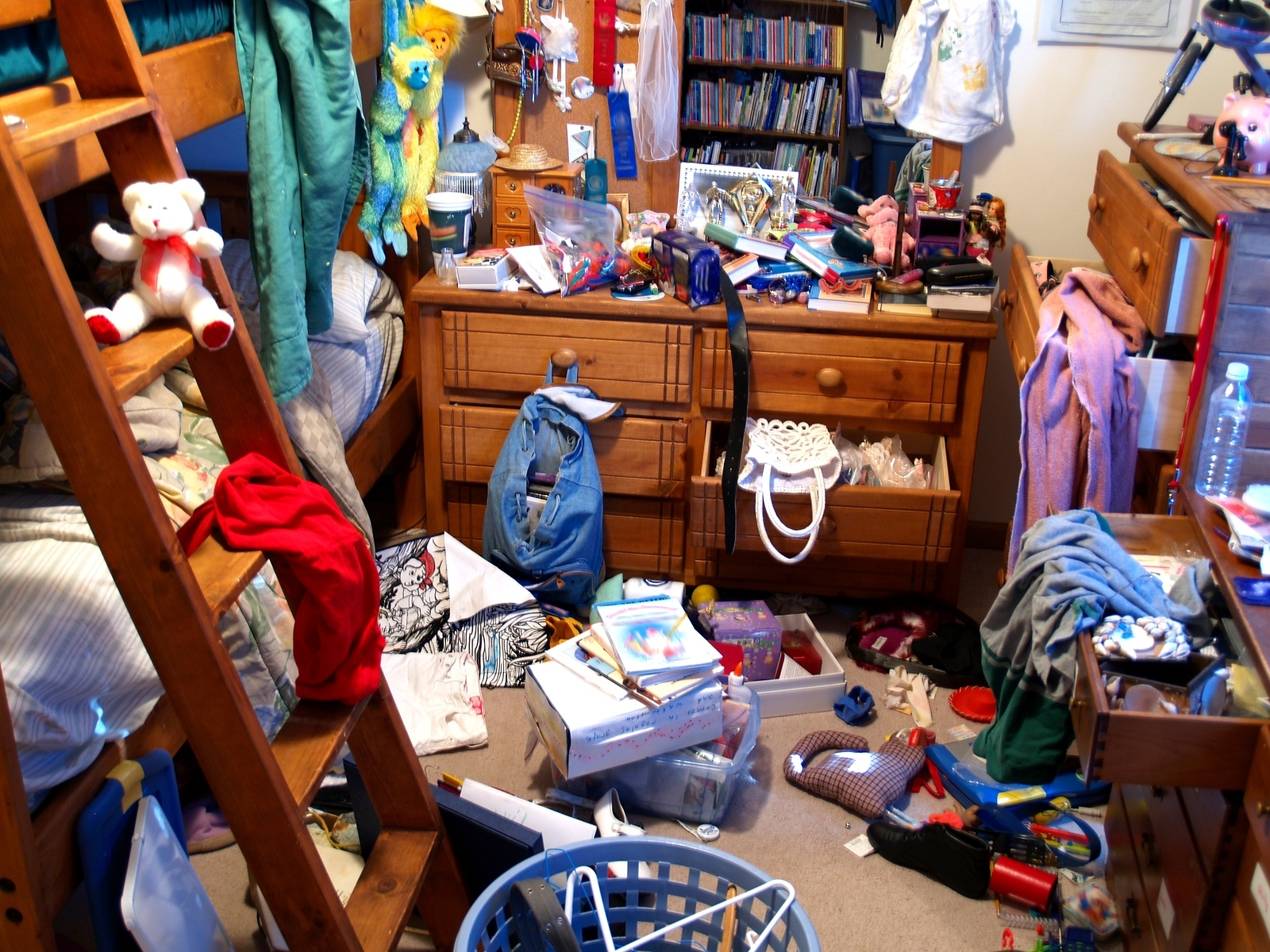 bigstock-Messy-Bedroom-755259.jpg
