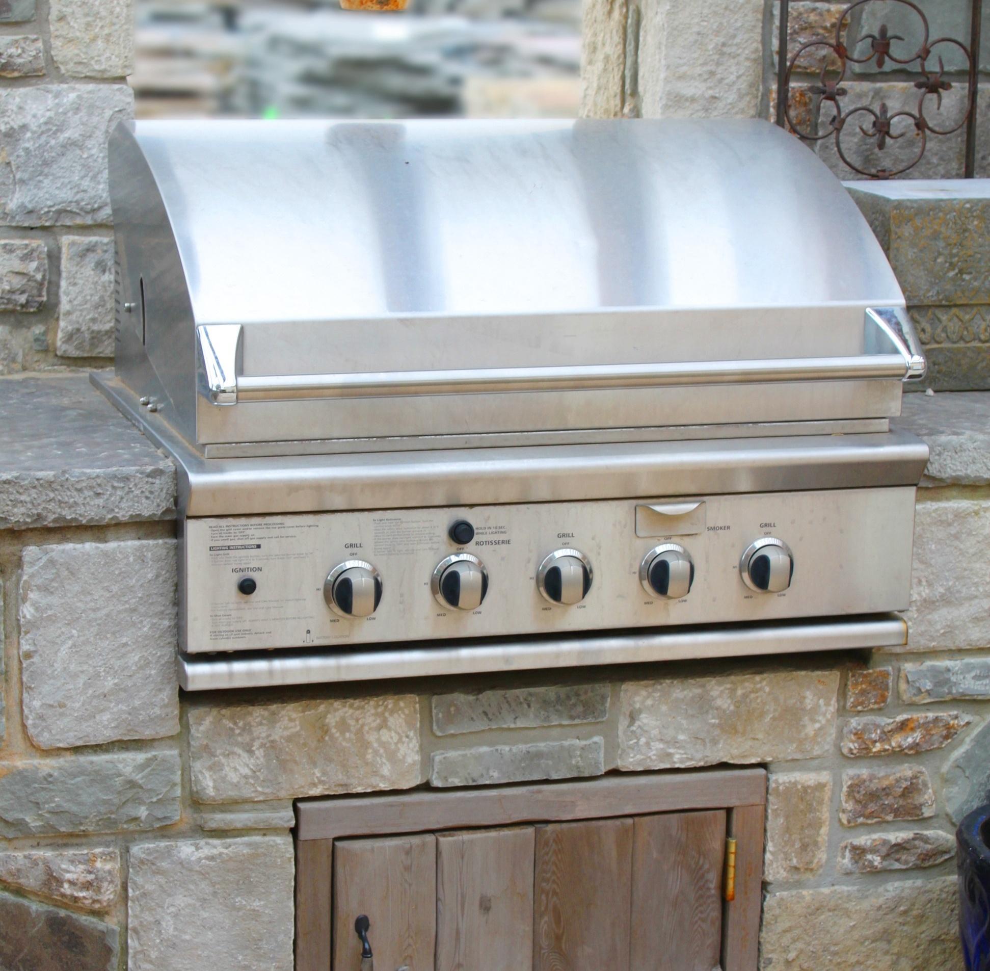 bigstock-Outside-grill-26659700 (1)-2