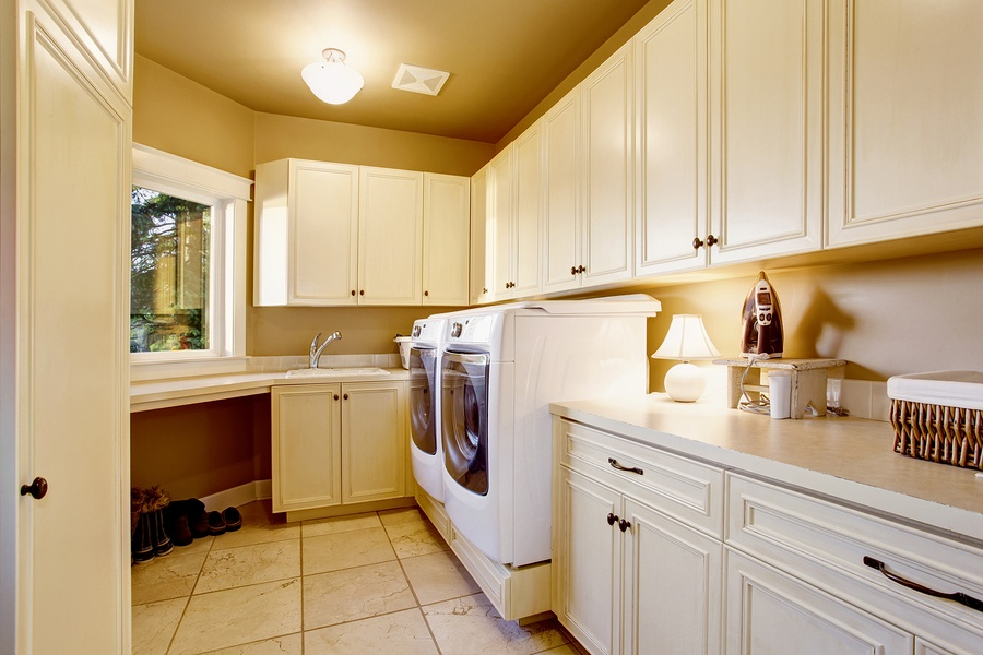 bigstock-White-Laundry-Room-Interior-Wi-137561852.jpg